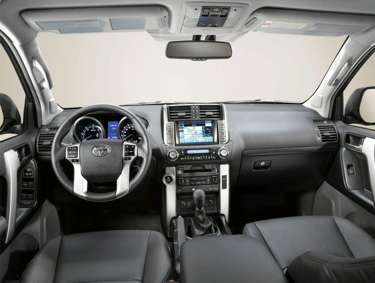 Toyota Land Cruiser 2010 Interior Img 9 It S Your Auto World New Cars Auto News Reviews
