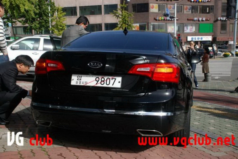 Kia Cadenza K7 Sedan 2011 Img18 Its Your Auto World New Cars