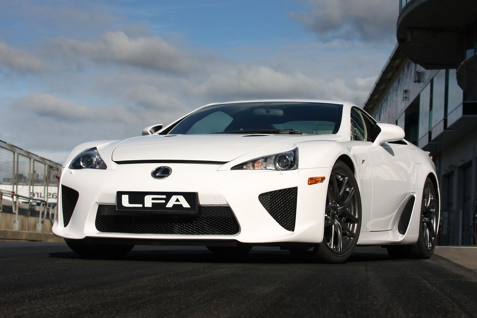 new 2010 lexus lfa supercar officially revealed photos. Black Bedroom Furniture Sets. Home Design Ideas
