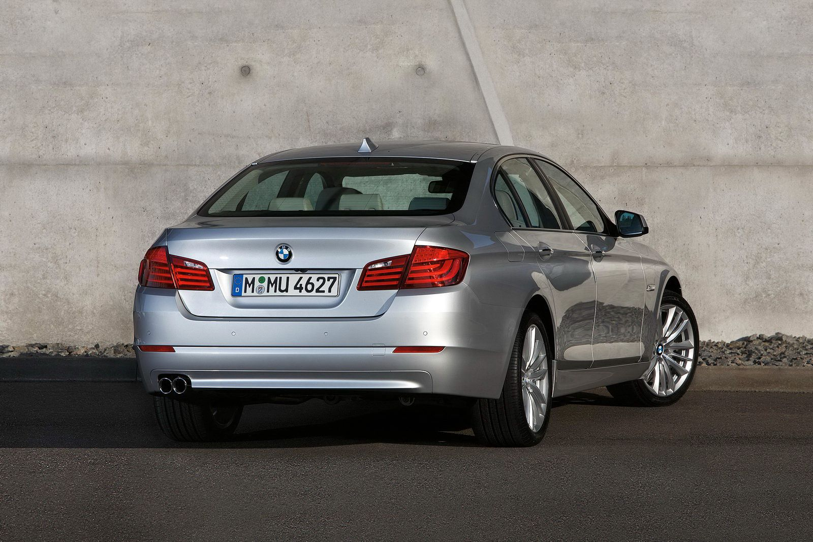 All-New 2011 BMW 5-Series Sedan Revealed: Official Photos
