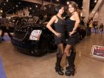 Girls_at_2009_SEMA_Auto_Show_img_21