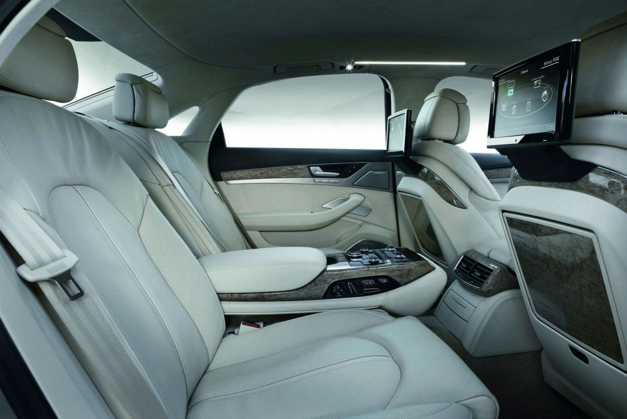 Audi A8 2011 Interior Img 9 It S Your Auto World New