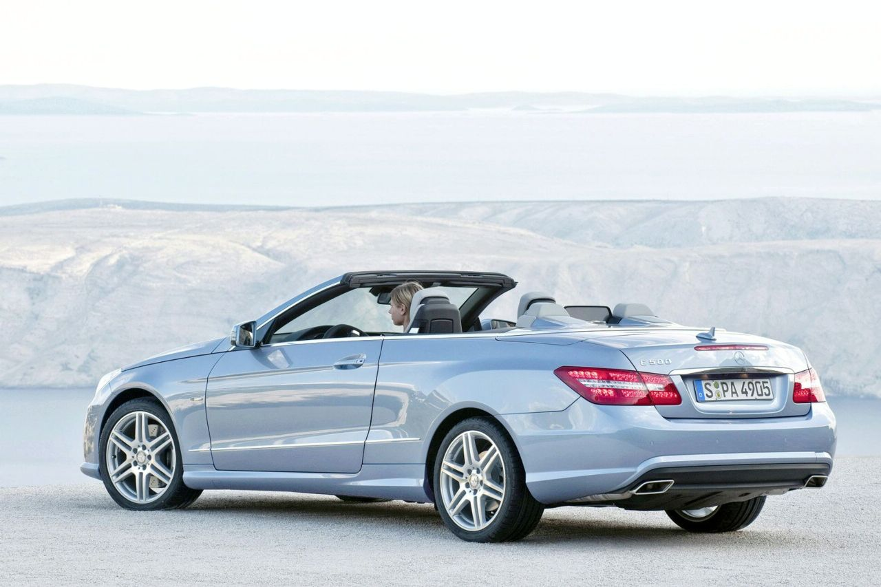 New 2010 mercedes e class convertible officially revealed for New mercedes benz convertible