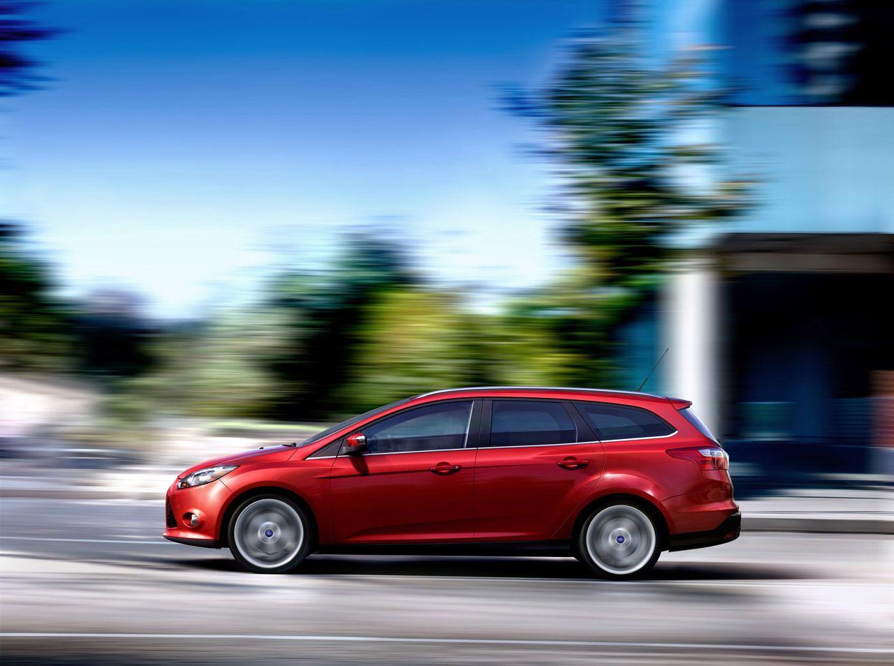 new 2012 ford focus wagon  u0026 5dr hatchback live unveiling at geneva motor show  photos